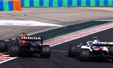 Verstappenův vůz byl téměř neřiditelný
