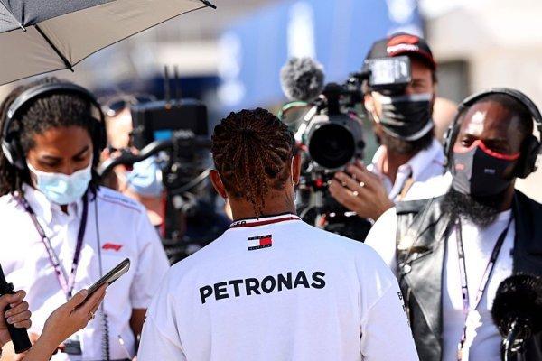 Pro Hamiltona jsou pneumatiky příliš tvrdé