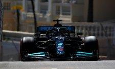 Hamilton po kvalifikaci zuřil