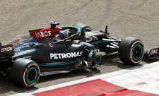 Mercedes se obává Imoly i Algarve