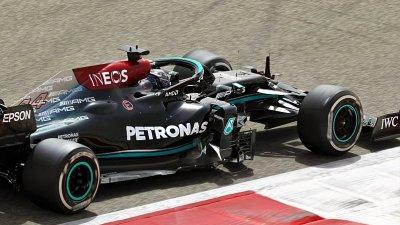 Mercedes se údajně rozloučí s Petronasem