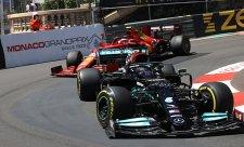 Verstappen a Hamilton se obávají Ferrari