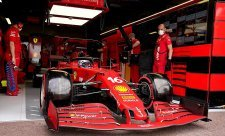 Ferrari má povinnost bojovat o titul