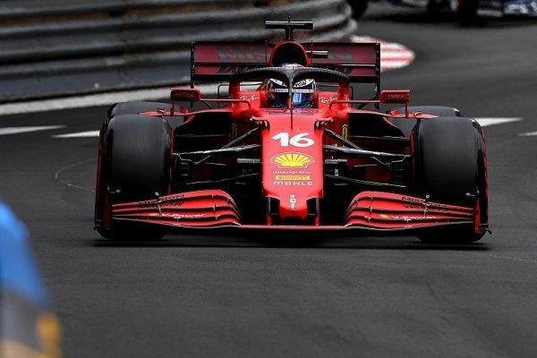 Ferrari je konečně zpátky, černý Hamiltonův den