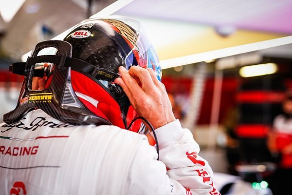 Räikkönena kritizoval i vlastní syn