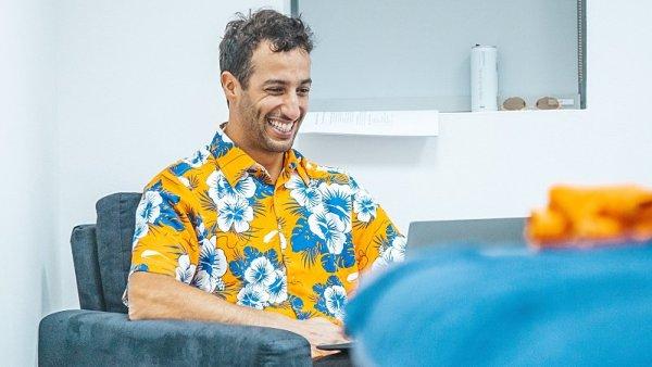 Ricciardo si konečně koupil simulátor