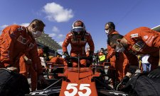 Sainz pustil Ricciarda omylem