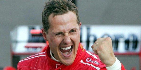 Schumacher má zpoždění