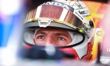 Verstappen po kvalifikaci vypěnil