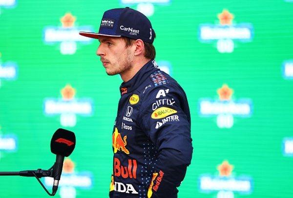 Verstappen potrestán za srážku s Hamiltonem