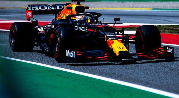 Verstappenovi stačil jediný úder