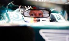 Vettel má radost z nových dílů